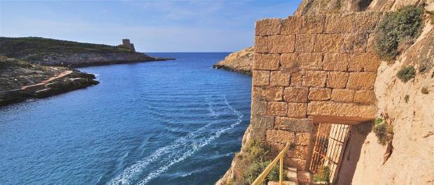 xlendi tower baie de Xlendi Malte Gozo