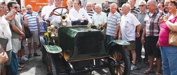 Les voitures anciennes , une passion maltaise
